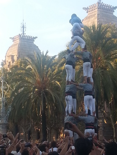 QD2015-09-12 Catalonia-independence-Castellers